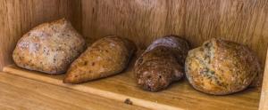 Brotkasten Metall oder Holz